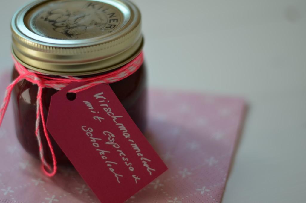 Kirschmarmelade mit Schokolade und Espress